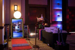 Фото будка за уникално събитие | Магическо огледало PhotoMirror 15